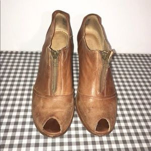 Timberland rare high heals booties leather brown 9